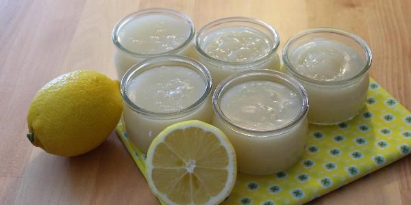Crèmes dessert végétaliennes (vegan) au citron